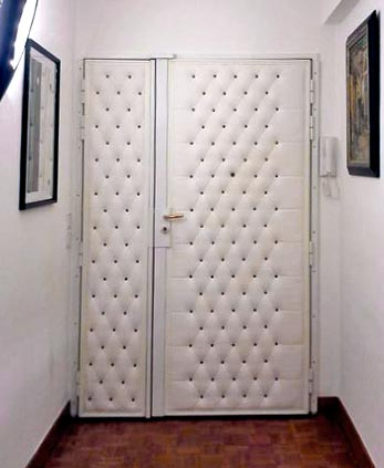 Le blog belmon d co d corer une porte blind e for Habiller des portes